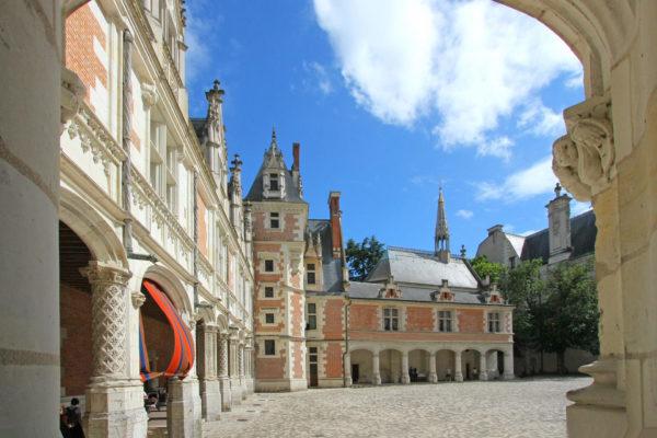 18798_531_Galerie-aile-Louis-XII-Chateau-Royal-de-Blois-D