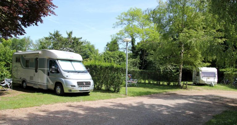 Camping Le Cœur de la Forêt dans l'Oise en Picardie location-hebergement-insolite-weekend-sejour-romantique-nid-dans-arbre-camping-coeur-foret-pierrefonds-oise-picardie-haut-de-france
