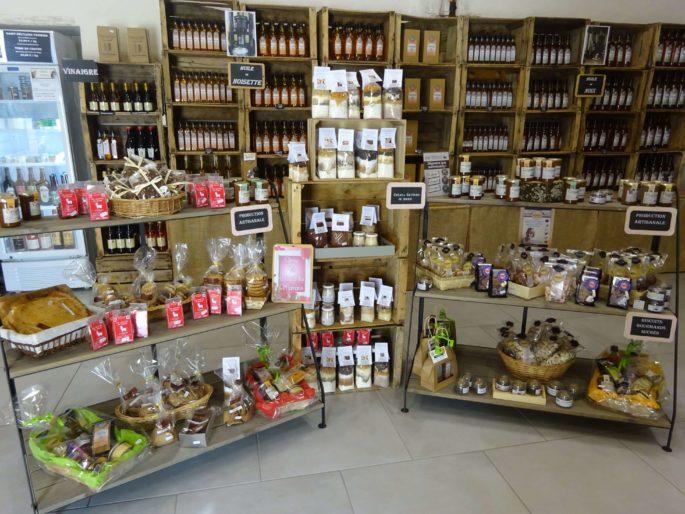 Huilerie Lépine Fabrication artisanale depuis 1810 visite-producteur-fabrication-artisanale-huile-vierge-noix-poitou-huilerie-lepine-availles-en-chatellerault-vienne-nouvelle-aquitaine