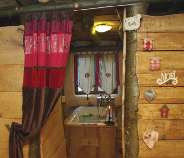 Les Hobbits du Nid dans les Bruyères - Aisne -Picardie location-hebergement-insolite-weekend-sejour-romantique-hobbits-farfadet-fere-en-tardenois-aisne-picardie-cabane-le-nid-dans-les-bruyeres