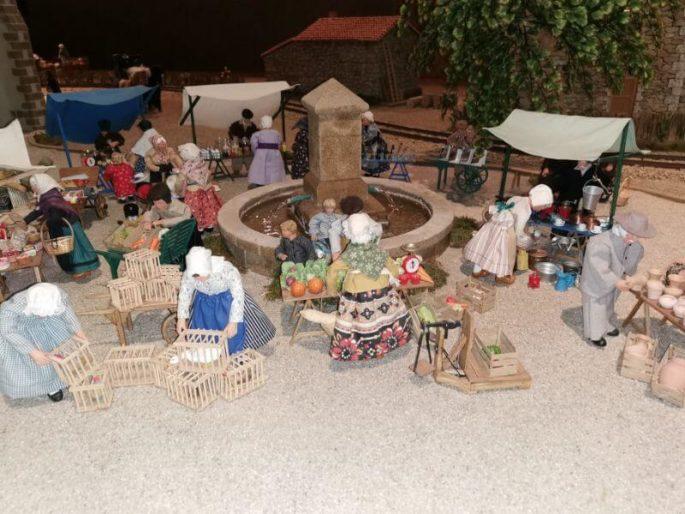 Vendée Miniature, Village vendéen musee-vendee-miniature-village-vendeen-bretignolles-sur-mer Le marché