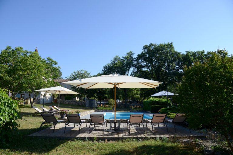 Ferme du XVIIIe pour 8 pers climatisée, piscine chauffée, domaine de 10ha hebergement-location-vacances-sejour-gite-famille-domaine-de-fangal-tarn-et-garonne-occitanie