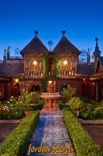 Les Jardins Secrets évasion insolite proche d'Annecy visite-insolite-evasion-proche-annecy-les-jardins-secrets-famille-enfants-parc-fleurs-plantes-arbres-site-incontournable-vaulx-haute-savoieaix-les-bains-promenade-bucolique