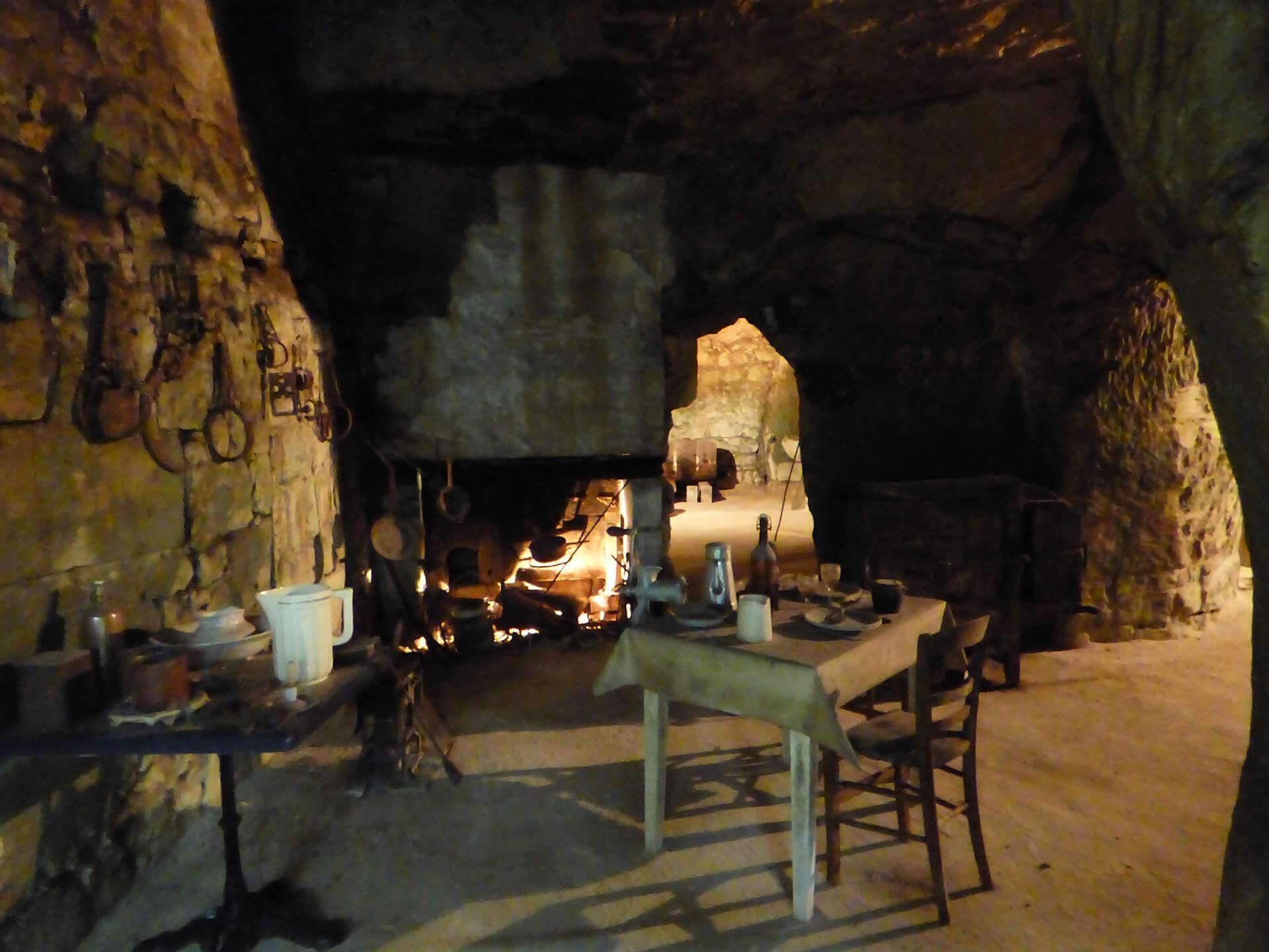 cave-champignon (2)