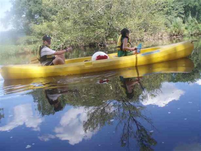 Oxygène Sports Nature : canoë, kayak, frenzy, raft, cano-raft activite-famille-enfant-loisirs-oxygene-sports-nature-balade-en-canoe-kayak-frenzy-correze-nature-calme-tourisme-brive-la-gaillarde