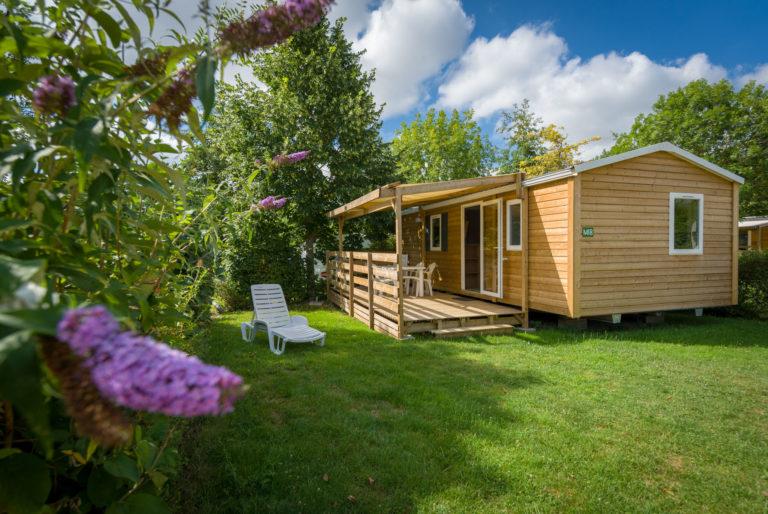Glamping : Tente Cotton Lodge, Domaine de l'Etang location-glamping-tente-cotton-lodge-haut-de-game-camping-domaine-etang-brissac-quince-anjou-angers-vallee-aubance-loire