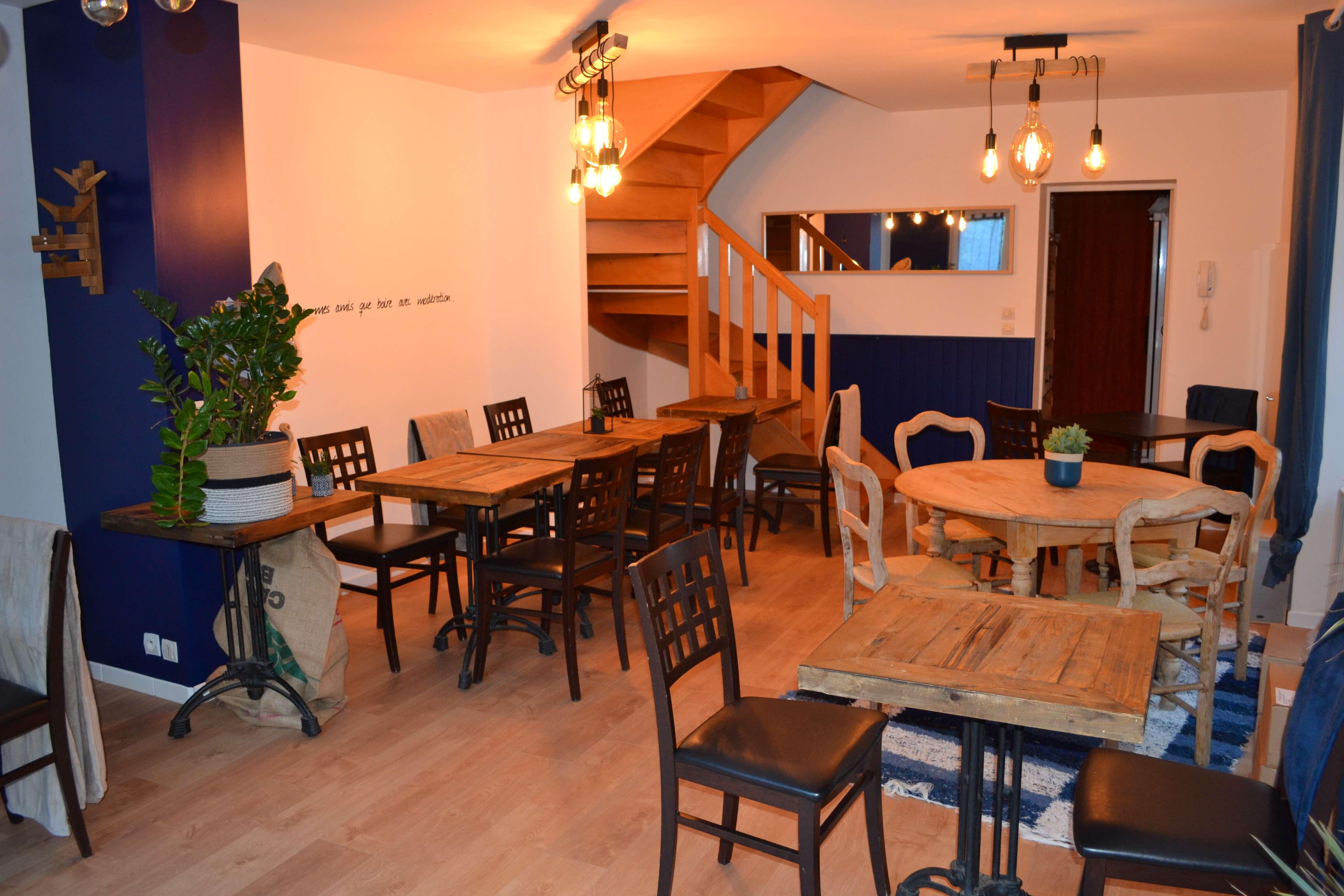 Restauration en salle et dans le jardin L'Ardoise à Brissac-Quincé en Anjou