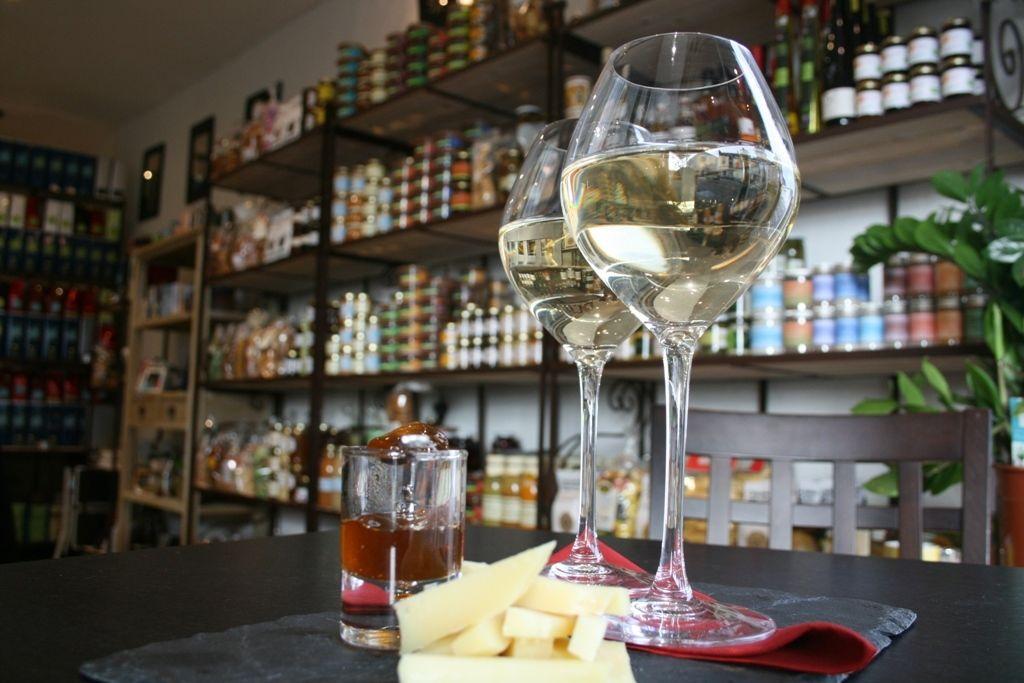 Épicerie Fine, Cave et Bar à Vins de L'Ardoise à Brissac