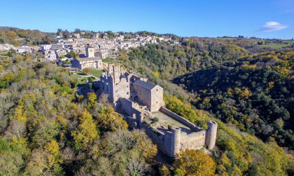 Le château de Saissac et son trésor aude montagne noire domaine de campras occitanie