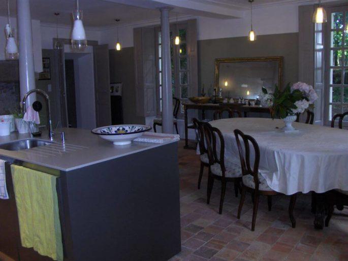 Château de l'Oiselinière Chambres d'hôtes de charme location-weekend-hebergement-insolite-domaine-prestige-sejour-romantique-amoureux-nuit-chambre-chateau-de-oiseliniere-chambres-hotes-de-charme