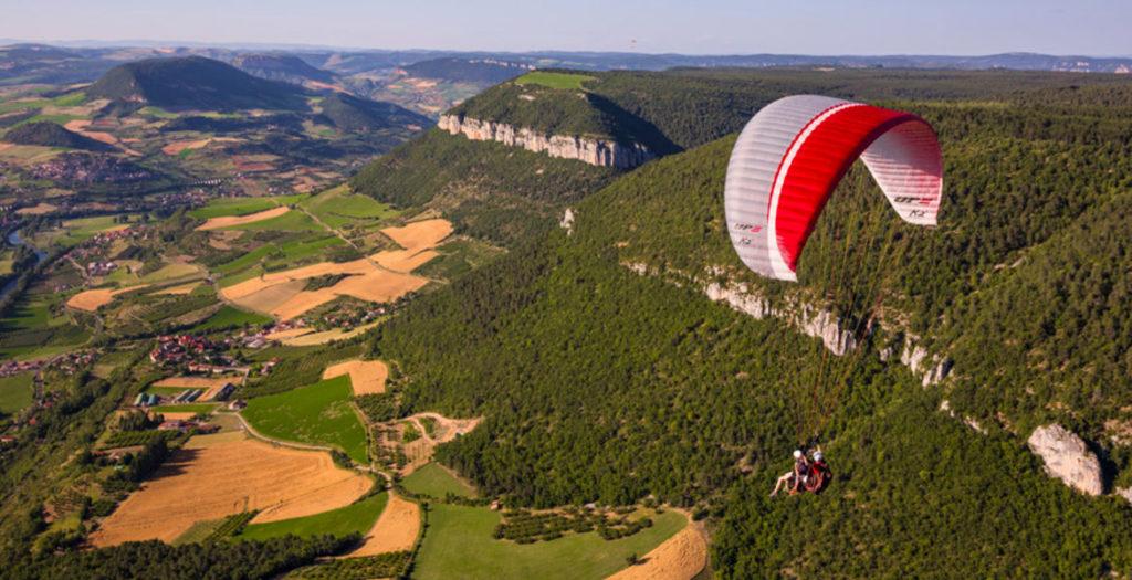 parapente-millau-Parapente, Activités de pleine nature en Aveyron parapente-activites-pleine-nature-loisirs-famille-enfants-riviere-visite-tarn-millau-viaduc-aveyron-location-bateau-evolution-2