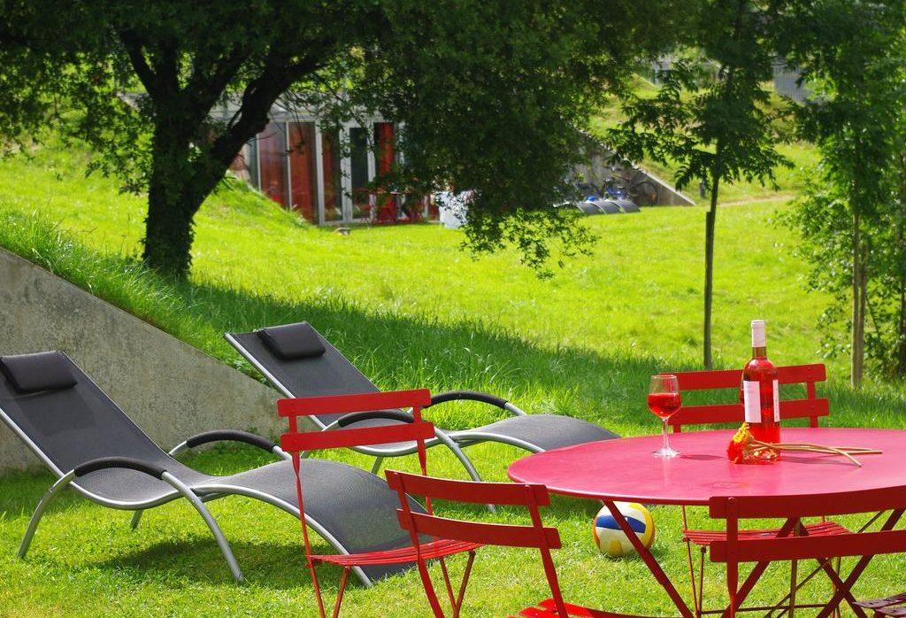 Grand gîte atypique, Collines de Sainte Féréole, en Corrèze grand-gites-groupe-famille-amis-weekend-insolite-atypiques-sejour-hebergement-collines-sainte-fereole-correze-nature-calme-residence-tourisme-brive-la-gaillarde-piscine-chauffee