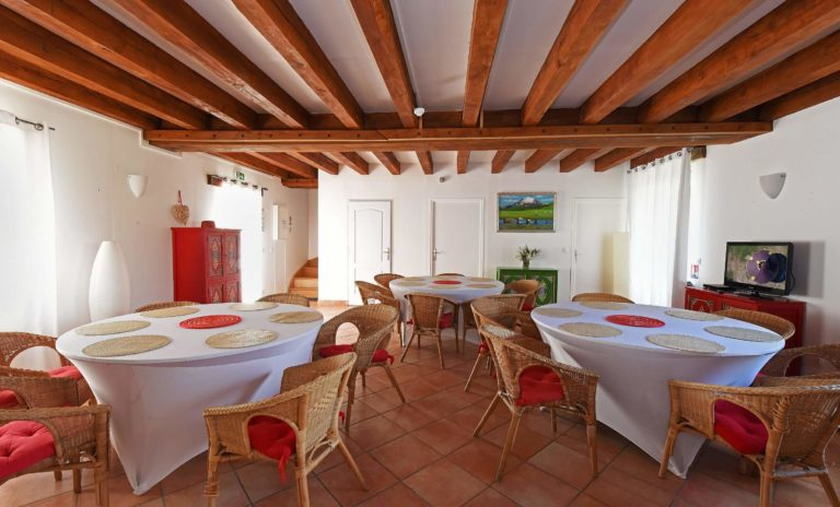 Location de grands gîtes Nomade Lodge proche de Paris hebergement-groupe-grande-capacite-famille-amis-sejour-grand-gite-nomade-lodge--seine-et-marne-region-ile-de-france