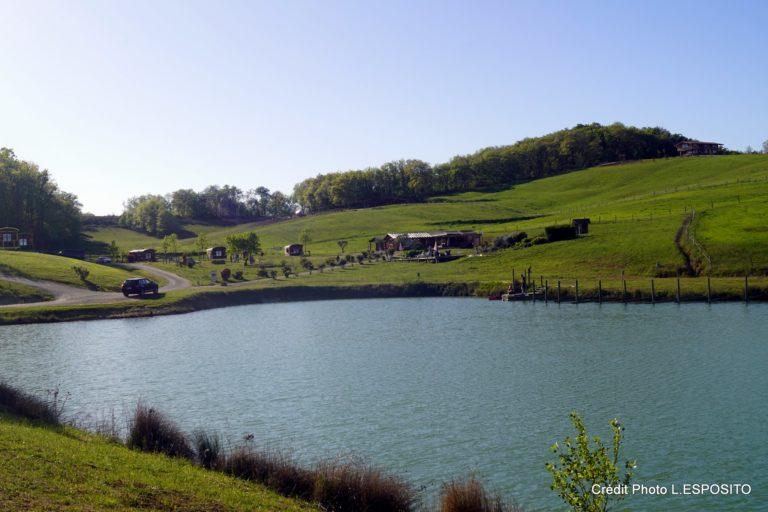 Séjour en cabane jacuzzi cœur du Gers Domaine d'Escapa sejour-insolite-cabane-famille-spa-jacuzzi-we-weekend-atypique-domaine-escapa-estipouy-auch-tarbes-gers-occitanie