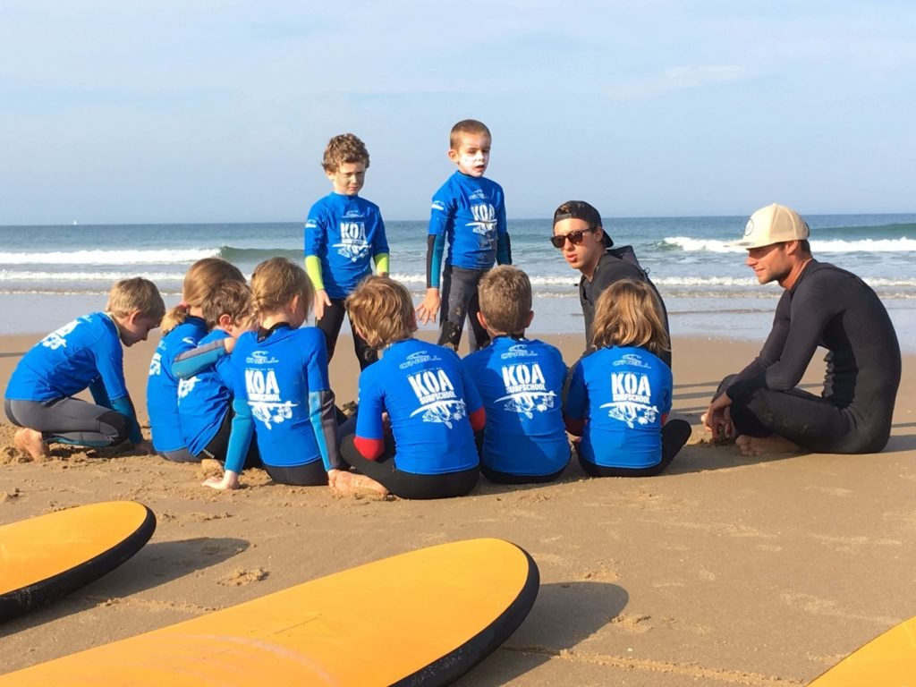 Cours de Surf en Vendée Koa Surf School initiation-perfectionnement-cours-surf-vague-vendee-koa-surf-school-la-tranche-sur-mer
