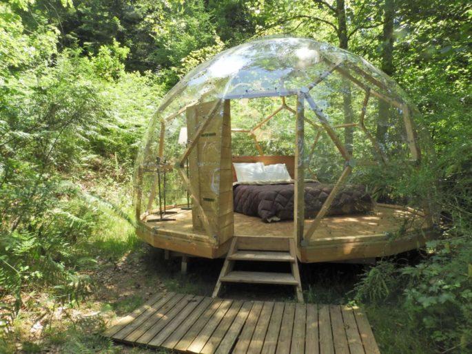 Dôme étoilé dans la nature Camping du Mettey hebergement-atypique-bulle-transparente-esprit-boheme-camping-insolite-nature-ecologique-du-mettey-vagney-vosges-grand-est