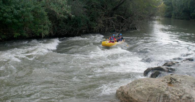 Eaurizon : Location Canoë Kayak sur l'Aude en Occitanie eaurizon-canoe-kayak-aude-location-occitanie-puicheric-riviere-activite-loisirs-famille-enfants-bivouac-parcours-randonnee
