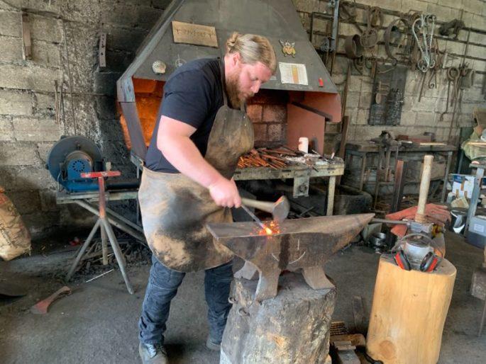 la forge du loup plouezoc'h finistere Bretagne Morlaix Viking couteaux (1)